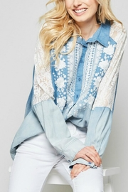 Andree by Unit Embroidered  Button-Down Denim-Shirt - Front cropped