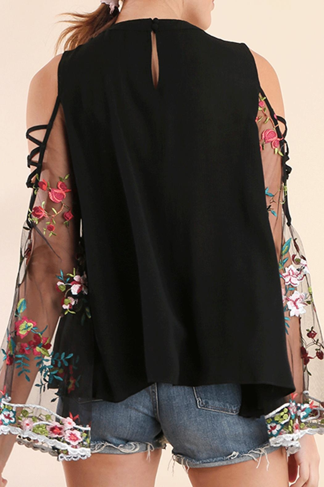 Umgee USA Embroidered C/s Top - Front Full Image