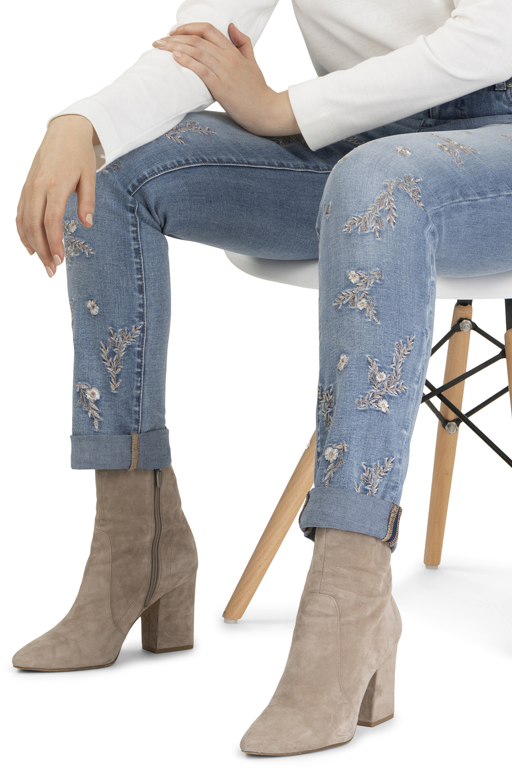 Tribal Jeans Embroidered Cuffed Jean - Side Cropped Image