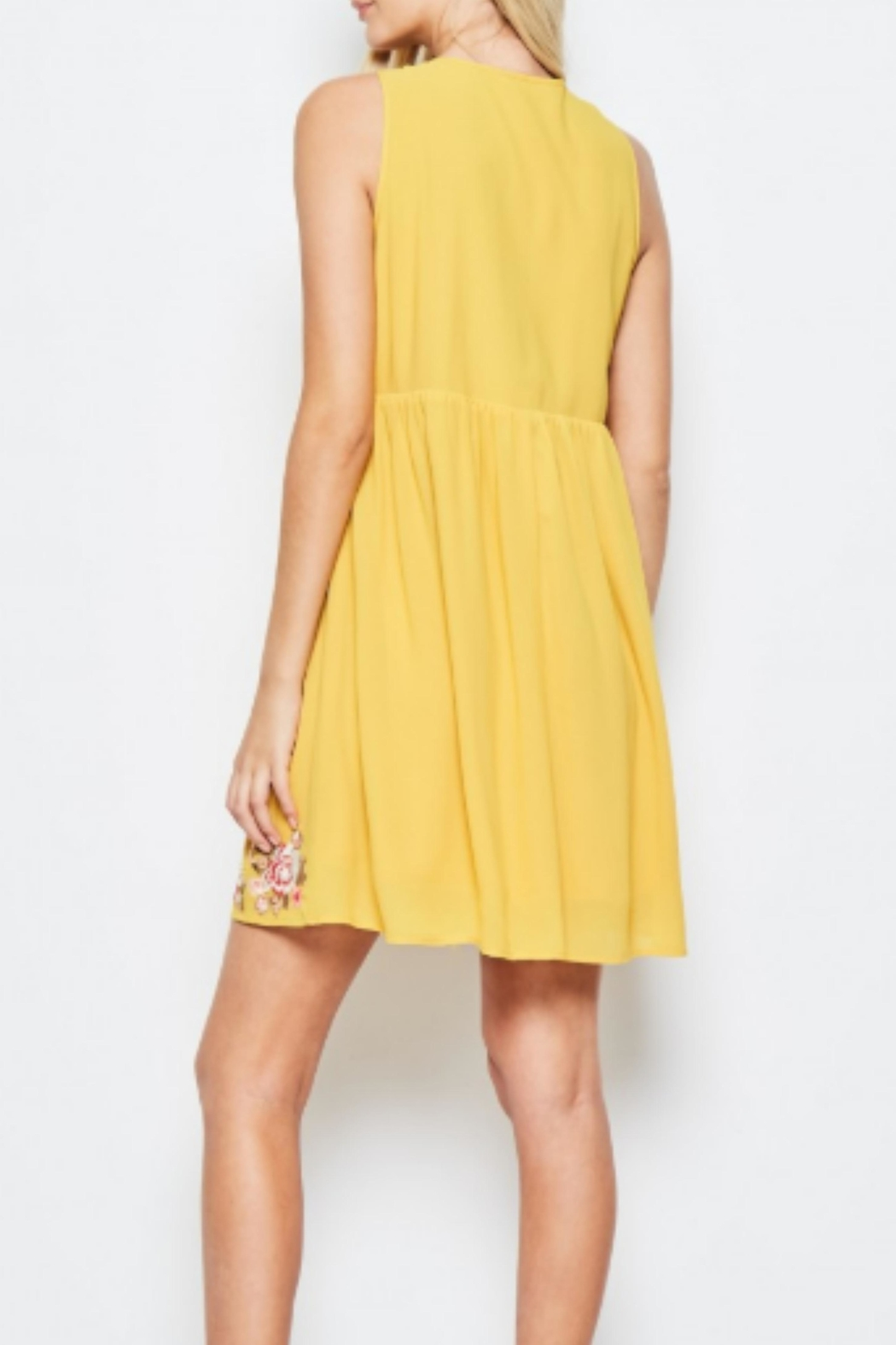 Andree by Unit Embroidered Golden Sundress - Side Cropped Image
