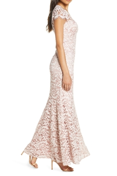 Eliza J Embroidered Lace Trumpet Gown - Alternate List Image