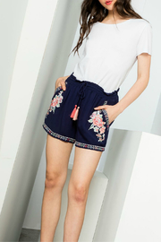 THML  Embroidered short - Front cropped
