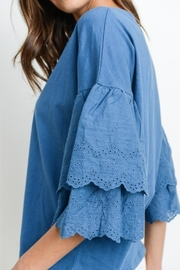 Le Lis Embroidered Sleeve Tee - Back cropped