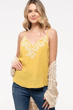 blu pepper  EMBROIDERED SLEEVELESS TOP - Product List Image