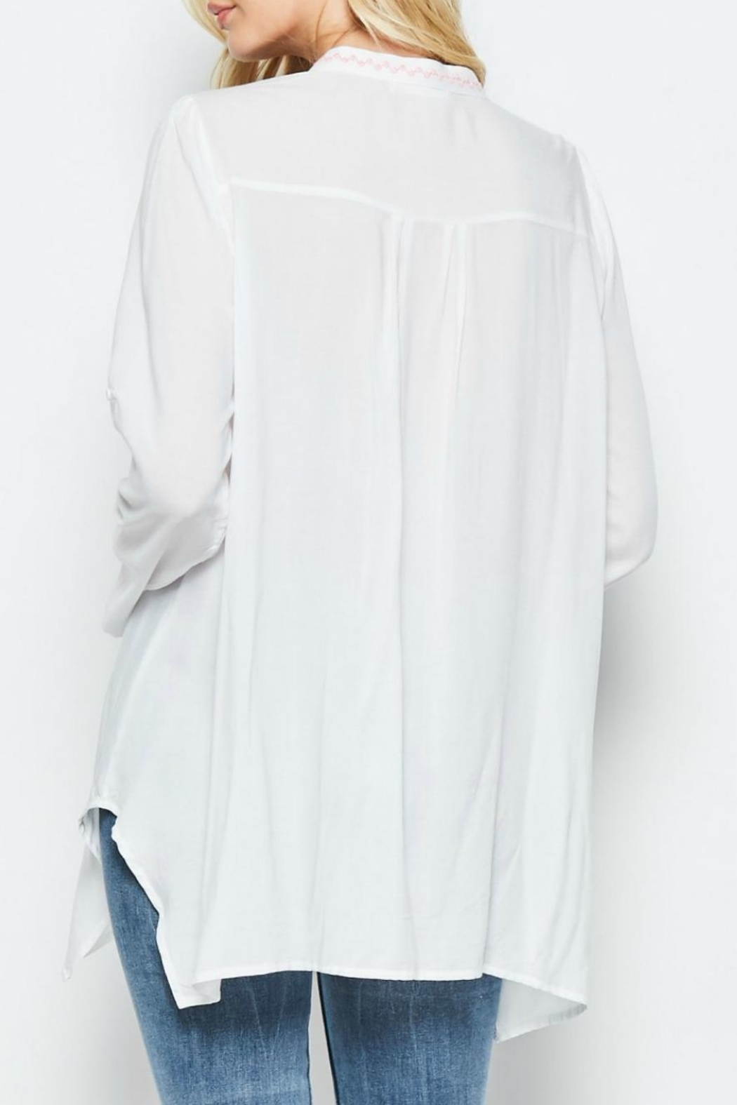 Andree by Unit Embroidered White Tunic - Side Cropped Image
