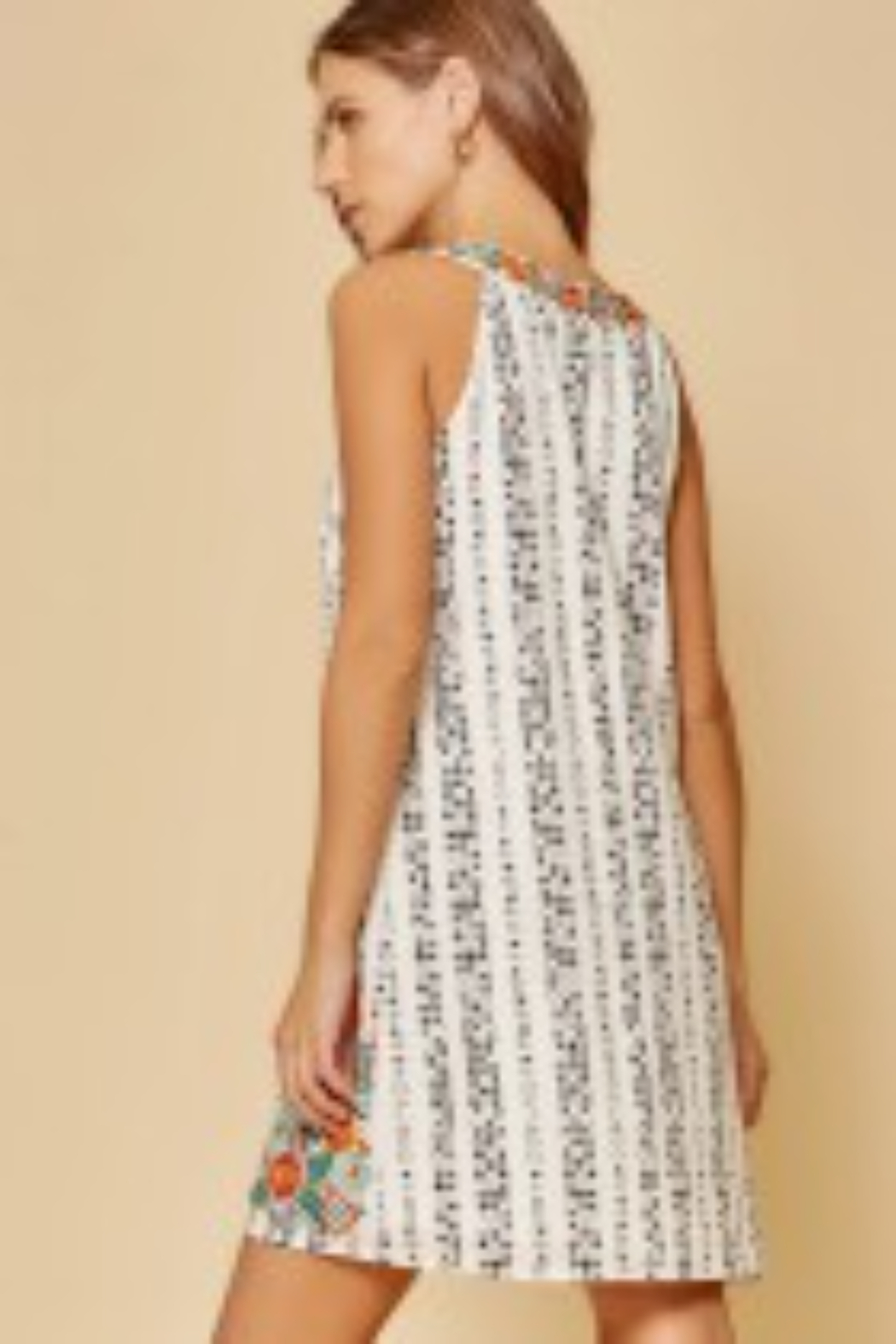 Savanna Jane Embroidery shift dress - Side Cropped Image