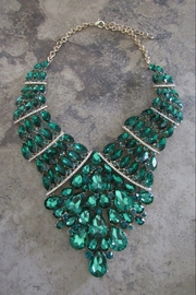 Sophia EMERALD ELEGANCE NECKLACE SET - Front cropped