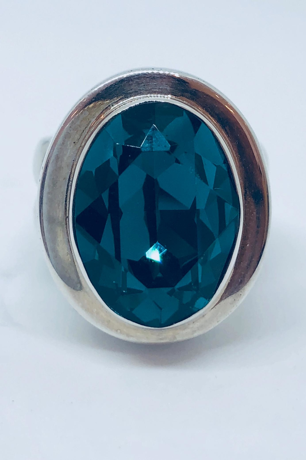 Laurent Léger Emerald Oval Ring - Main Image