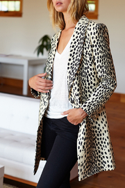 Emerson Fry EMERSON FRY WINGTIP LEOPARD COAT - Side cropped