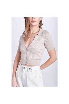 Emory Park Collared Button Down Crop Top - Alternate List Image