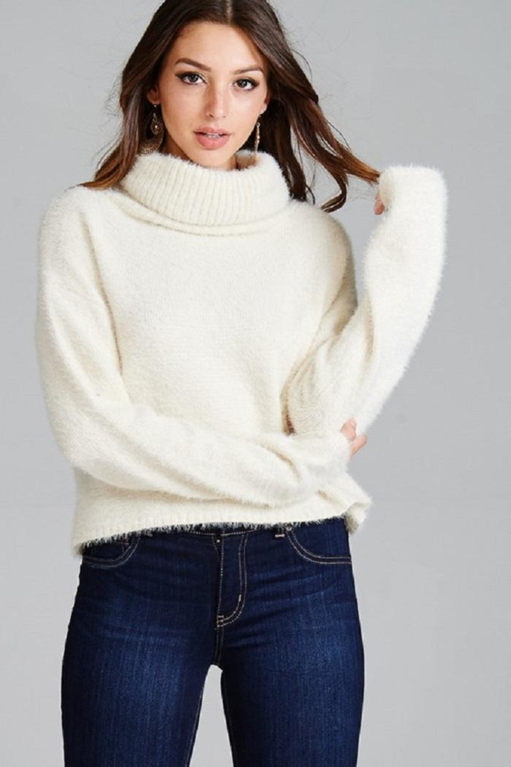 Emory Park Fuzzy Turtleneck Sweater - Side Cropped Image