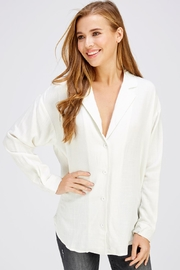 Emory Park White Oversized Top - Front cropped