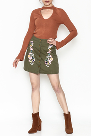 En Creme Floral Mini Skirt - Side cropped