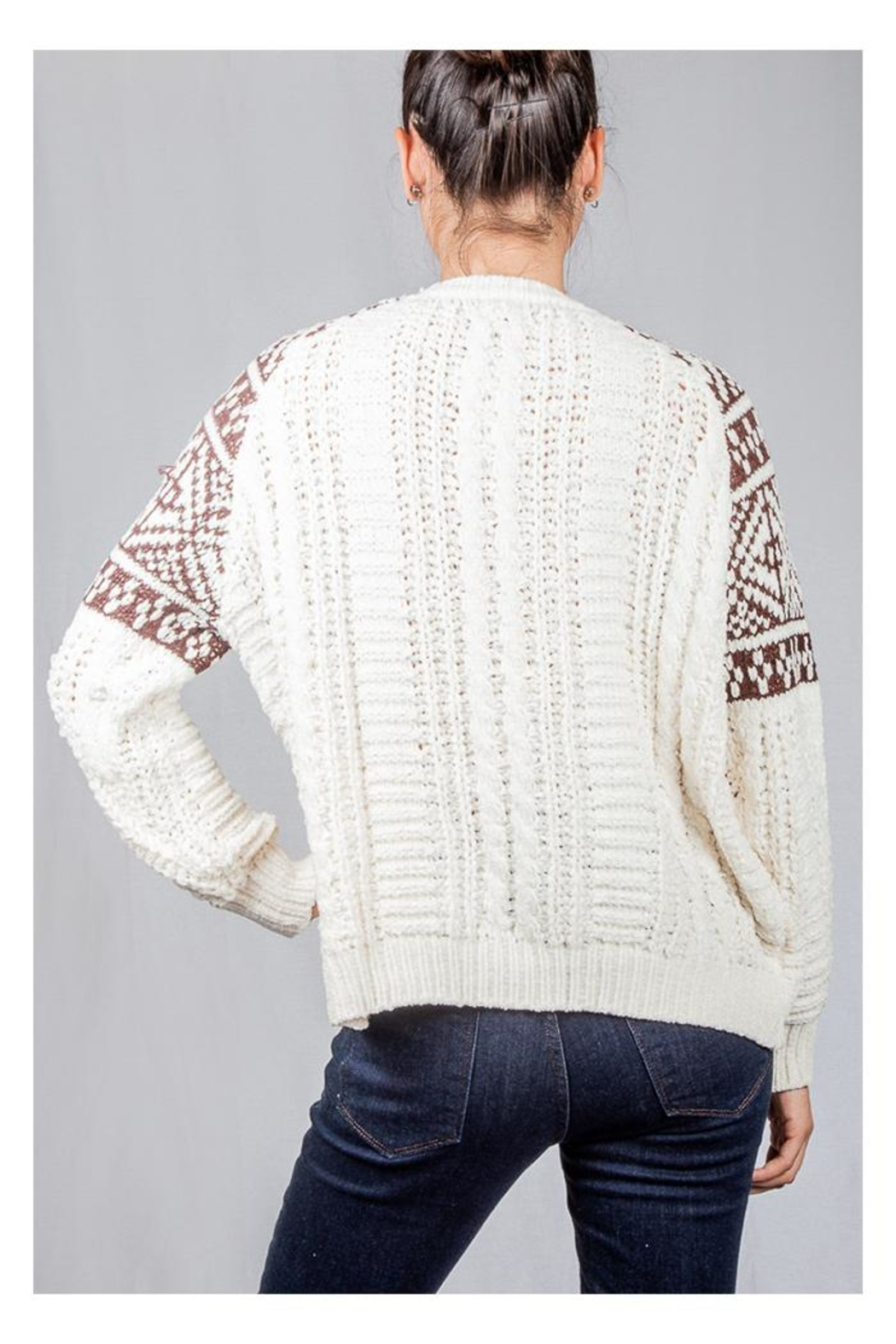 En Creme Cozy Cable-Knit Sweater - Back Cropped Image