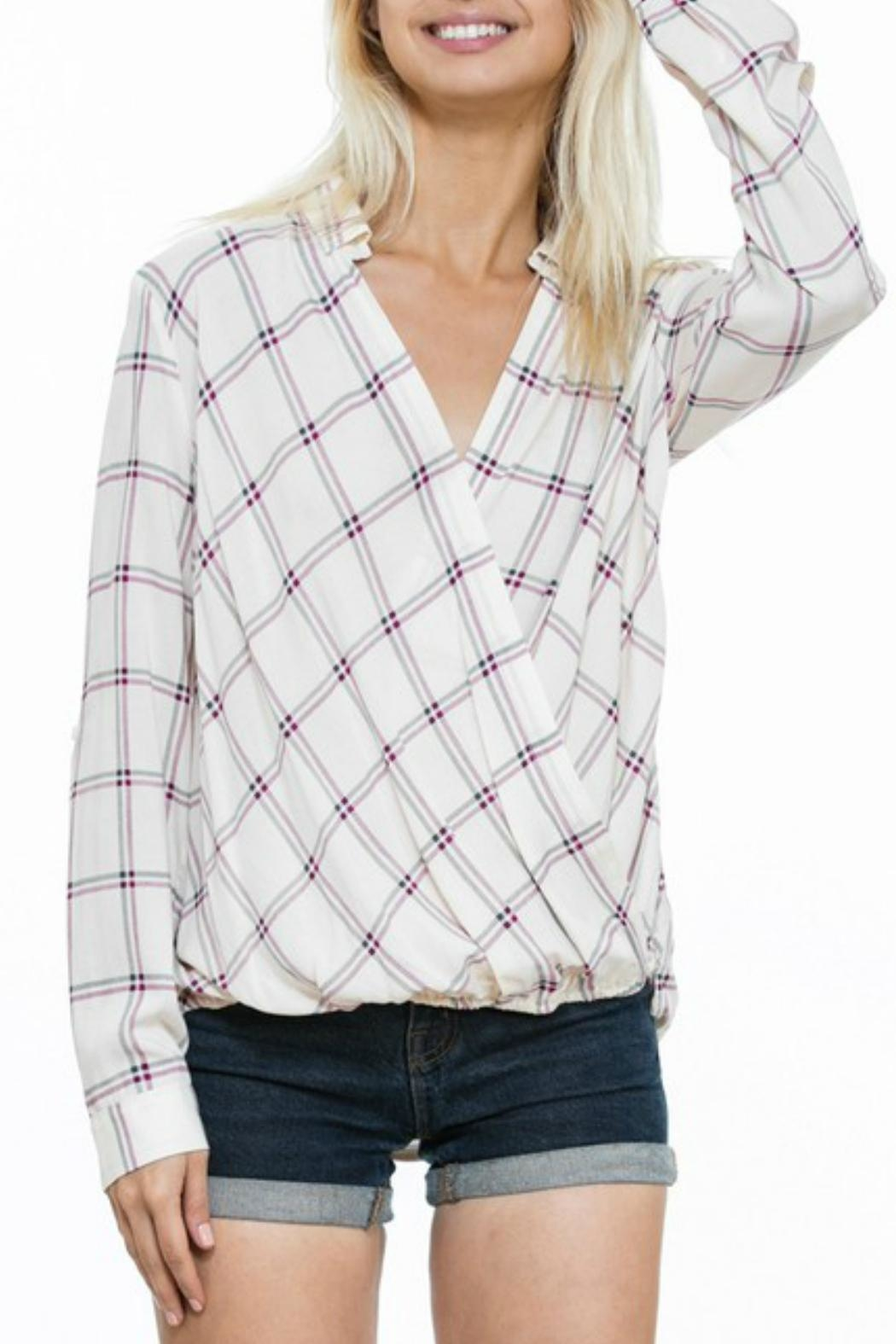 En Creme Cream Plaid Top - Side Cropped Image