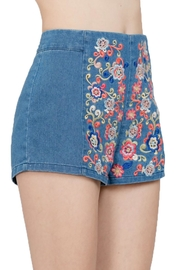 En Creme Embroiderd Denim Shorts - Front full body