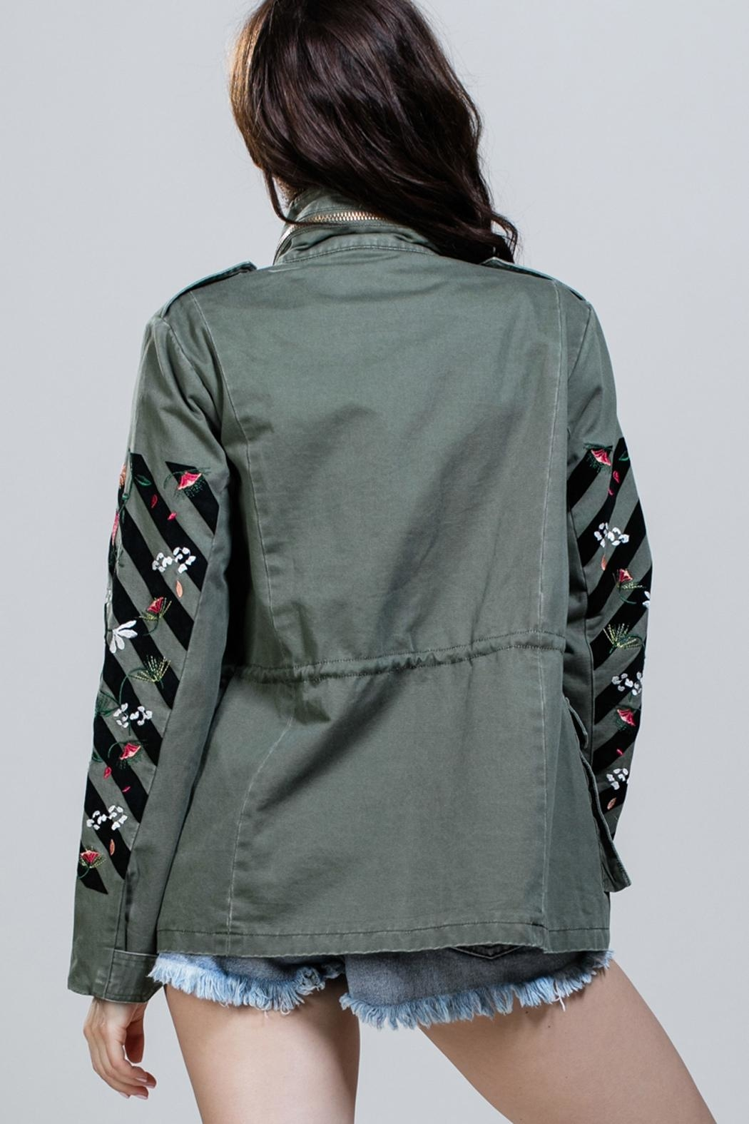 En Creme Embroidered Army Jacket - Side Cropped Image