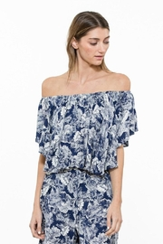 En Creme Floral Crop Top - Product Mini Image