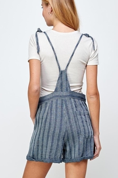 En Creme Hang Time Tie Shoulder Overall Shorts - Alternate List Image