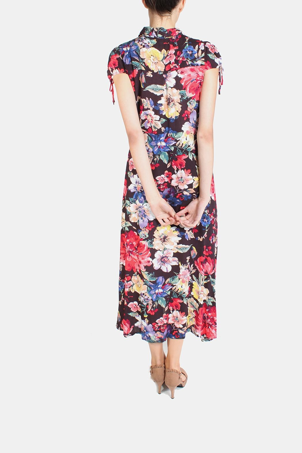 En Creme Floral Tie Sleeve Dress - Back Cropped Image