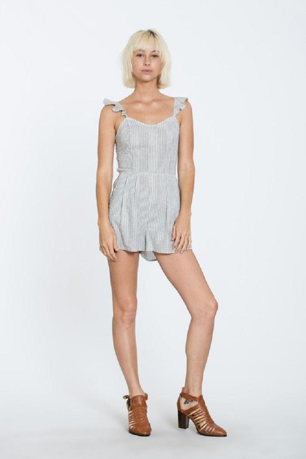 En Creme Stripe Sleeveless Romper - Side Cropped Image