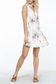 En Creme White Floral Shift-Dress - Back cropped