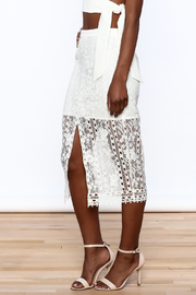 Endless Rose White Lace Skirt - Front cropped