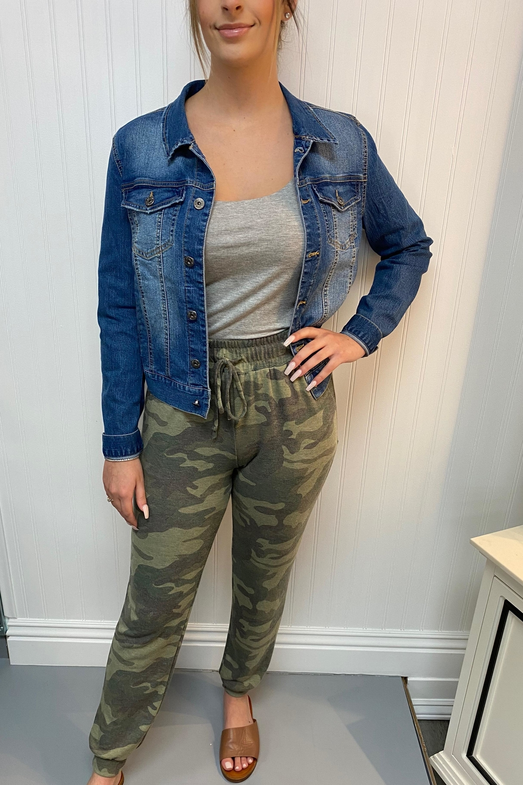 ENTI Camo Print Pants - Front Cropped Image