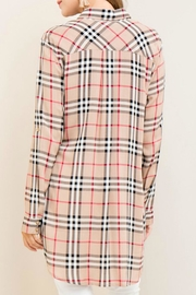 Entro Burberry - Side cropped
