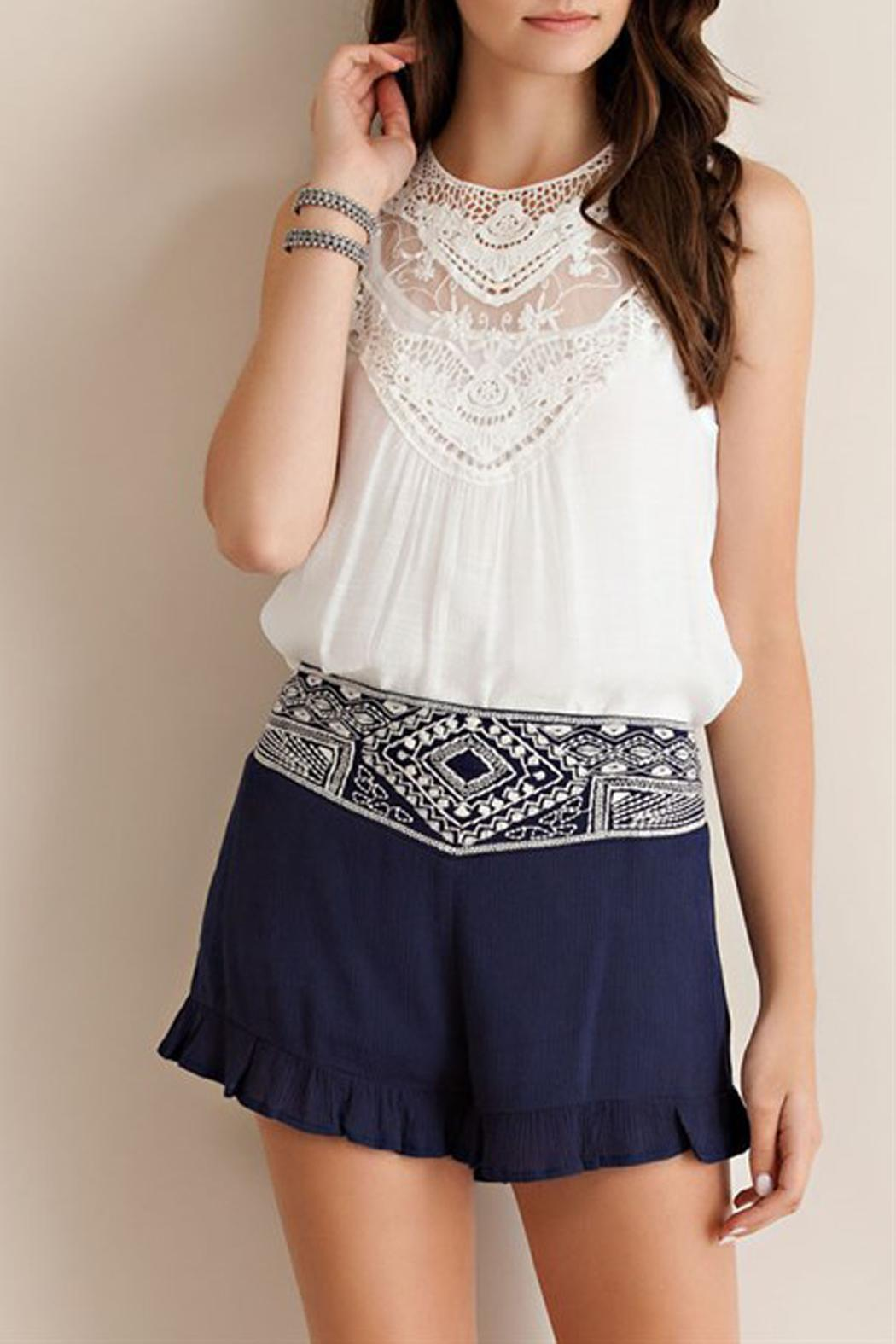 Entro Crinkle Ruffle Shorts - Side Cropped Image