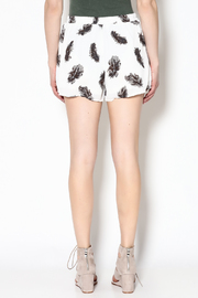 Entro Feather Print Shorts - Back cropped