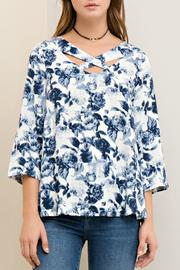 Entro Floral Print Cutout - Other
