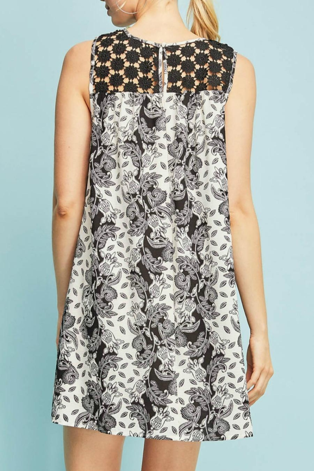 Entro Floral Sleeveless Dress - Side Cropped Image