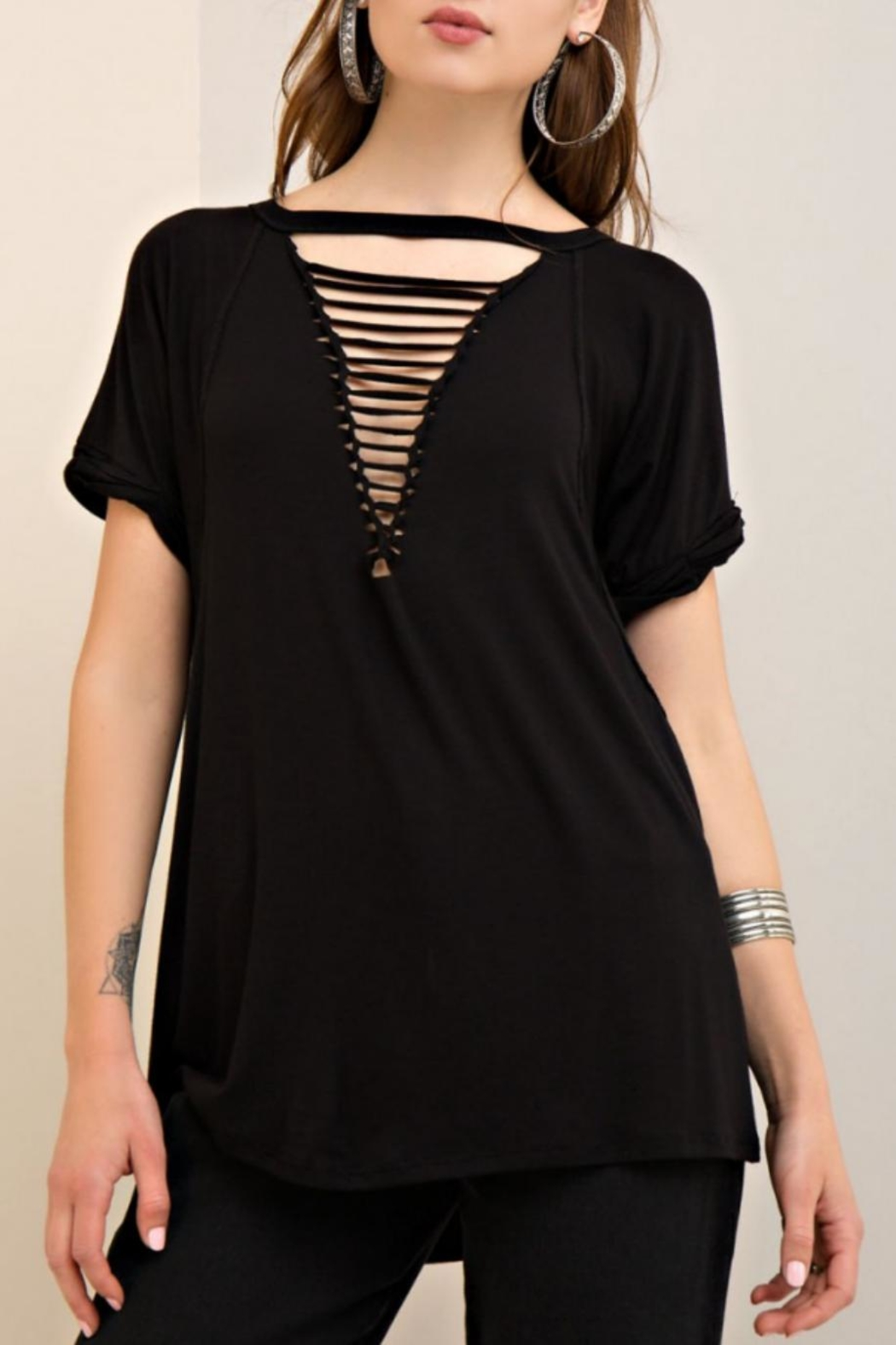 Entro Loop Cut V-Neck Tee - Side Cropped Image