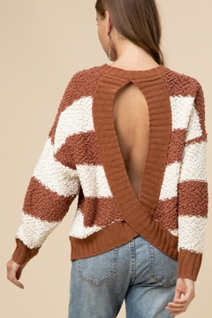 Entro Open Back Sweater - Alternate List Image