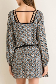 Entro Printed Shift Dress - Side cropped
