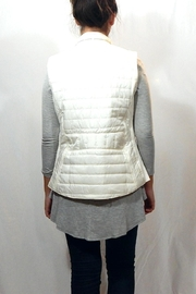 Entro Quilted High Neck Vest - Side cropped