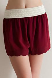 Entro Scallop Hem Short - Front cropped