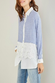 Entro Stripe Crochet Shirt - Side cropped