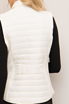Entro White Quilted Vest - Alternate List Image