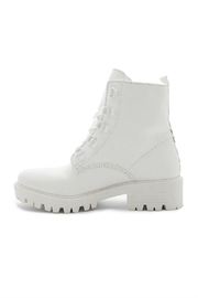Kendall + Kylie Epic Boots - Front cropped