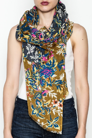 Epice Venus Floral Scarf - Front cropped