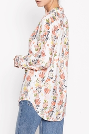 Equipment Floral Silk Shirt - Side cropped