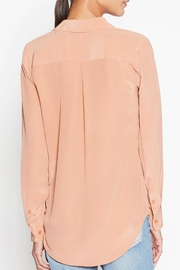 Equipment Rose Silk Shirt - Side cropped