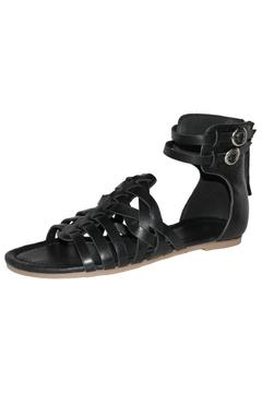 Eric Michael Arianna Sandal - Alternate List Image