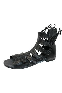 Eric Michael Ava Sandal - Alternate List Image
