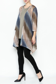 Erin London Shadow Box Open Kimono - Side cropped