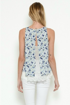 Esley Collection Floral Lace Top - Alternate List Image