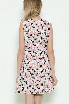 Esley Collection Floral Sleeveless Dress - Alternate List Image
