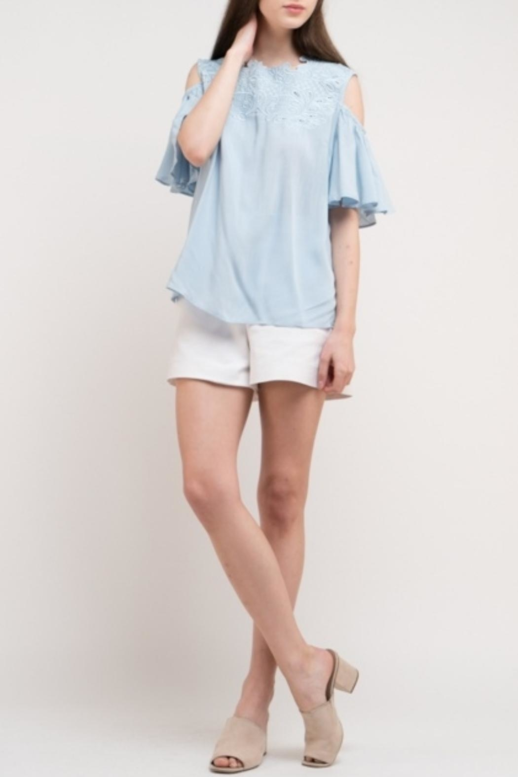 Esley Collection Linen Blue Top - Side Cropped Image